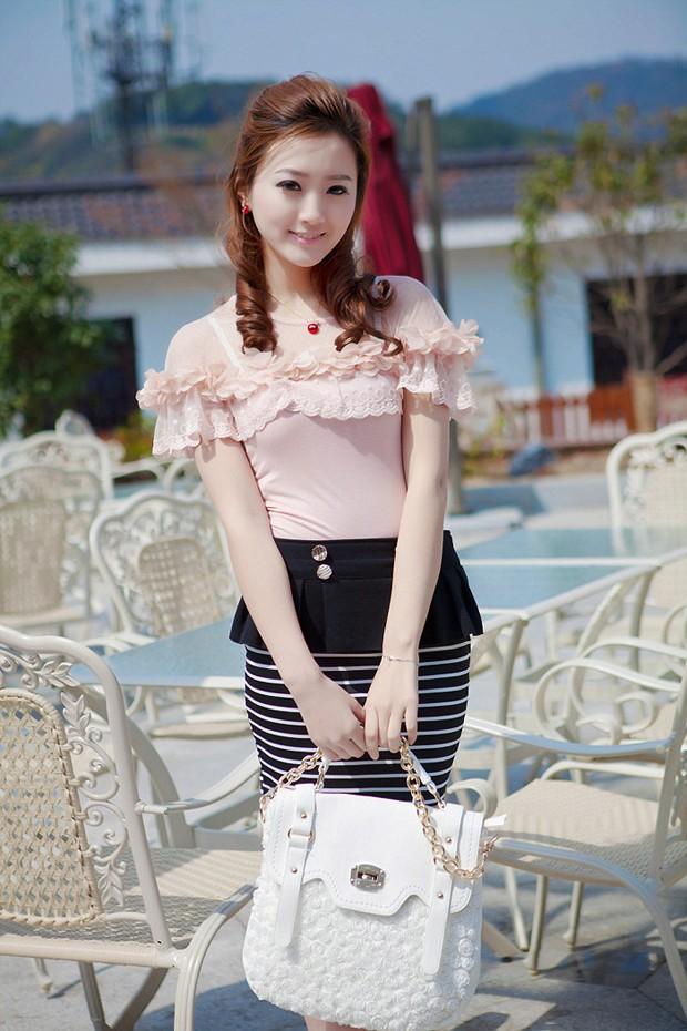 文静秀丽的时尚MM 怎么看都觉得美