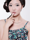 10月《U尚》封面美女 黄晓月