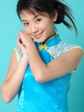 可爱的中国旗袍小妹妹