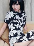 模特飞飞古典旗袍柔美青丝很迷人